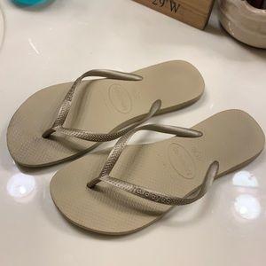 Gold havaianas flip flops sandals
